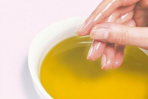Výsledok vyhľadávania obrázkov pre dopyt žltok a med  na nechty