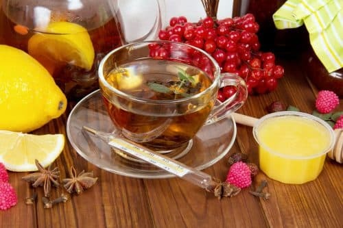 tea with lemon for the treatment of influenza