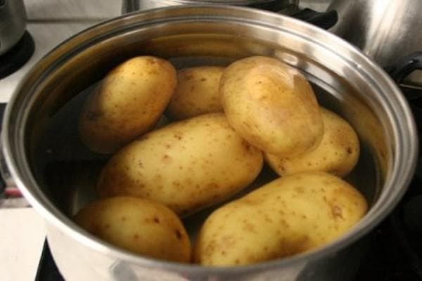 boiled potatoes for heating the sinuses of the nose
