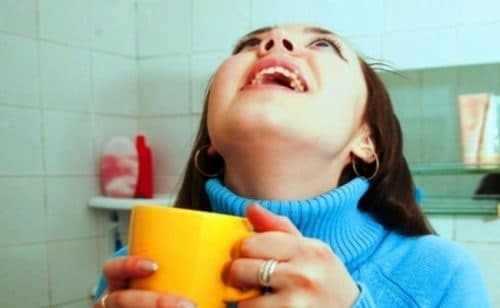 rinse throat with tracheitis